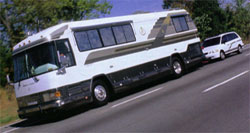 motorhome_towingvehicle_lar.jpg